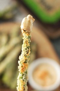 Crispy Baked Asparagus Fries with a Spicy Garlic Aioli Sauce