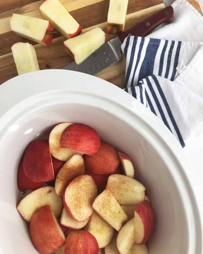 Easy Slow Cooker Applesauce Recipe - Sugar Free
