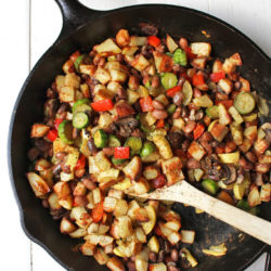 Bean, Potato, & Veggie Vegan Breakfast Hash | healthy vegan breakfast recipe