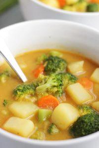 Amazing Vegan Broccoli Cheese Soup!